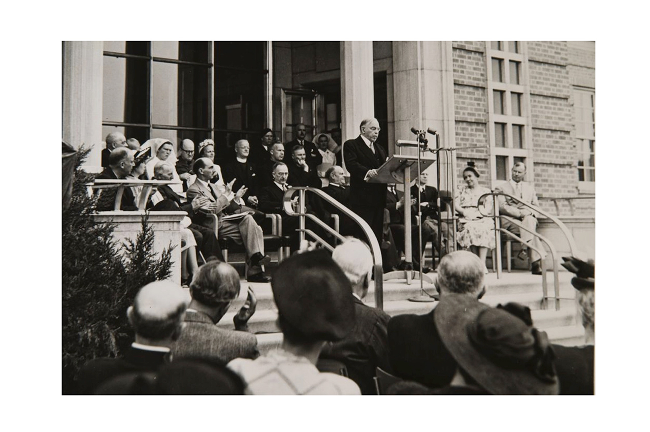 Prime Minister William Lyon Mackenzie King delivers a speech