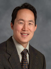 A portrait of Stanley Liu.